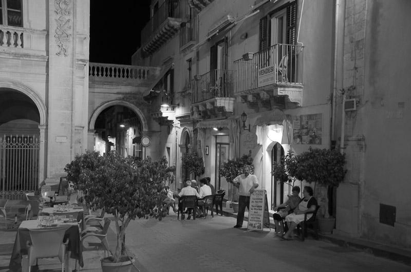 Buona serata / Italy, Sizilia / Noto