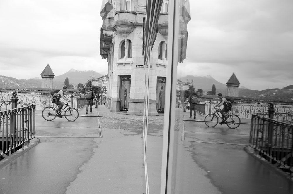 Spiegelung mit Kappellbrücke, Luzern